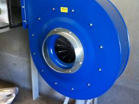 DUST COLLECTOR WOOD 415V 7.5HP FILTER TOP/ 3 BOTTOM PLASTIC BAG SILENCED VERSION W/ELECTRIC PANE 10H - picture3' - Click to enlarge