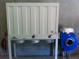 DUST COLLECTOR WOOD 415V 7.5HP FILTER TOP/ 3 BOTTOM PLASTIC BAG SILENCED VERSION W/ELECTRIC PANE 10H - picture2' - Click to enlarge