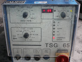 A stud welding welder power supply 650 A