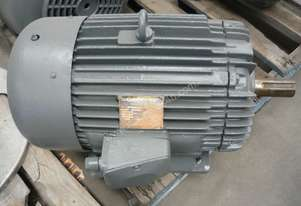 GEC 30HP 3 PHASE ELECTRIC MOTOR/ 1460RPM