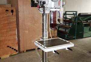 Ø 32mm Capacity Pedestal Drilling Machine