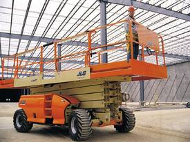 JLG 430LRT Engine Powered Scissor Lifts - picture5' - Click to enlarge