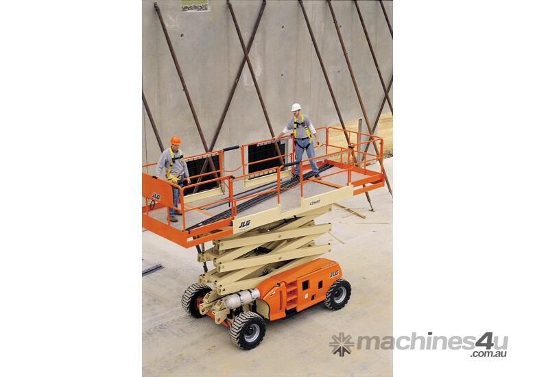 JLG 430LRT Engine Powered Scissor Lifts