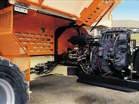 JLG 430LRT Engine Powered Scissor Lifts - picture4' - Click to enlarge