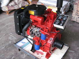 Cougar 2110D 35HP Diesel Engine - Twin Cylinder - picture0' - Click to enlarge