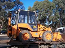 JCB 2CX extender hoe, 2003 , 3500hrs , ex council, 4 new tyres fitted - picture0' - Click to enlarge