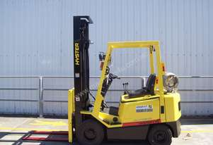Hyster 1.7T Counterbalance Forklift