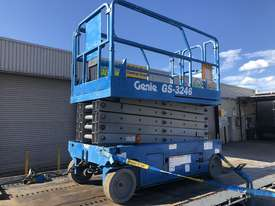 Scissor lift Genie GS3246 - picture0' - Click to enlarge