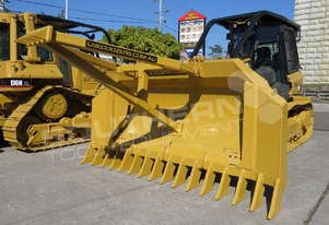 CAT D5K XL Stick Rake & Tree Pusher DOZRAKE