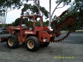 7610 trencher 84hp ,rock chain attachment , - picture1' - Click to enlarge