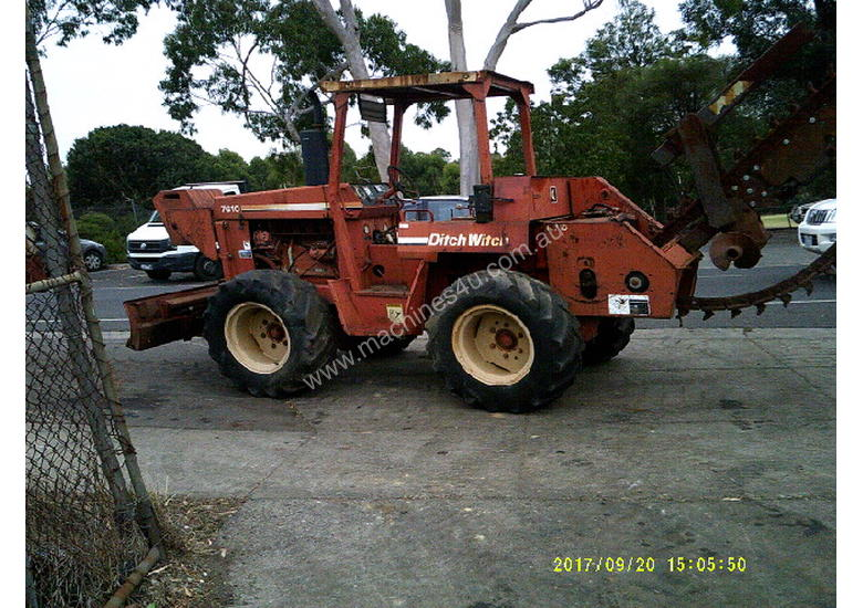 7610 trencher 84hp ,rock chain attachment ,