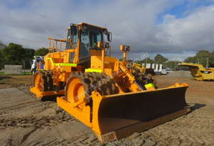 2002 CATERPILLAR 825GII SOIL COMPACTOR