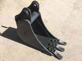 General Purpose with Teeth 300mm Bucket-GP Attachments - picture1' - Click to enlarge