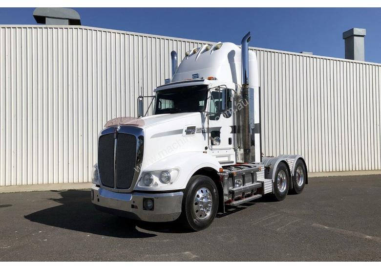 2011 Kenworth T609 Day Cab Prime Mover