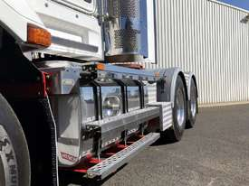 2011 Kenworth T609 Day Cab Prime Mover - picture10' - Click to enlarge