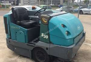 Tennant Mid-Sized Ride-on Sweeper