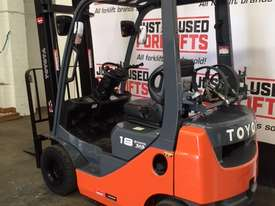 TOYOTA 32-8FG18 4000MM 2011 DELUXE PACK - picture1' - Click to enlarge