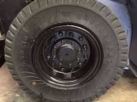 TOYOTA 32-8FG18 4000MM 2011 DELUXE PACK - picture6' - Click to enlarge