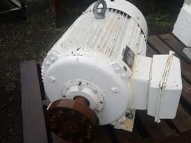 CMG electric motor - picture4' - Click to enlarge