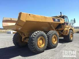 2005 Cat 725 Articulated Dump Truck - picture3' - Click to enlarge