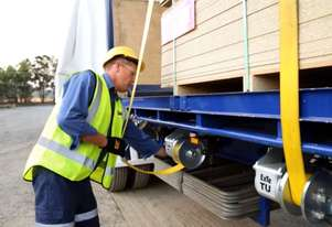 ExTe air operated load restraint
