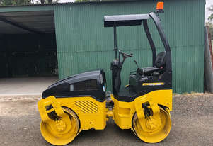 Bomag BW120AD-4 Vibrating Roller Roller/Compacting