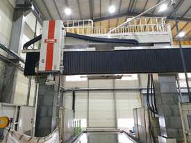 2010 SNK (Japan) Gantry Machining Centre model RB-8VM - picture3' - Click to enlarge
