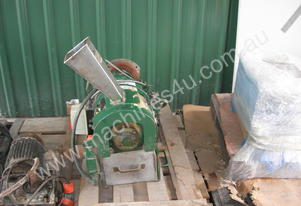 Blackfriar type Plastic Granulator