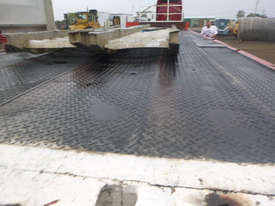 Freighter Semi Drop Deck Trailer - picture13' - Click to enlarge