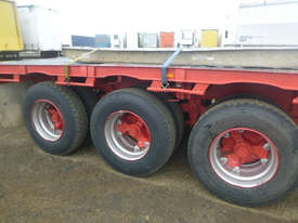 Freighter Semi Drop Deck Trailer - picture14' - Click to enlarge