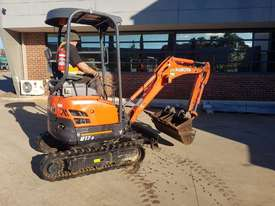 2017 KUBOTA U17-3 EXCAVATOR WITH QUICK HITCH, BUCKETS AND LOW 790 HOURS - picture1' - Click to enlarge