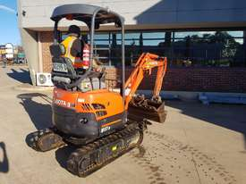 2017 KUBOTA U17-3 EXCAVATOR WITH QUICK HITCH, BUCKETS AND LOW 790 HOURS - picture2' - Click to enlarge