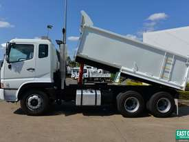 2005 MITSUBISHI FV 500 Tipper   - picture1' - Click to enlarge