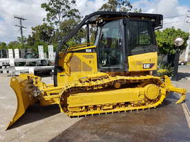 Caterpillar D5K XL Bulldozer DOZCATK - picture2' - Click to enlarge