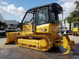 Caterpillar D5K XL Bulldozer DOZCATK - picture3' - Click to enlarge