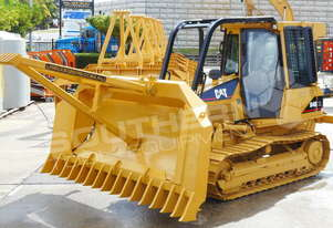 CAT D4G XL Dozer Stick Rake & Tree Pusher DOZRAKE