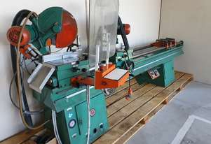 Double Mitre Saw - 330mm blades