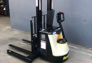 Crown M4020TL - 1.25 Heavy Duty Walkie Stacker Forklift