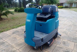 Tennant T7 Sweeper Sweeping/Cleaning