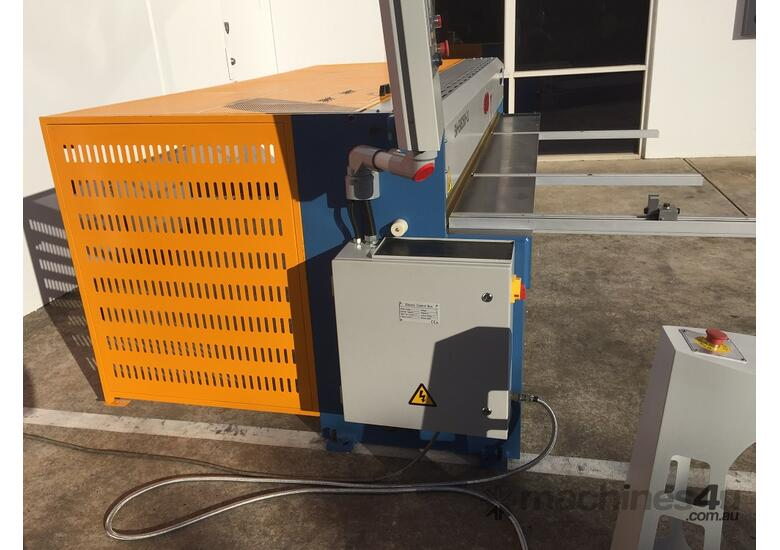 SM-EMS2500-3.2 ELECTRO SHEAR With Power Backgauge