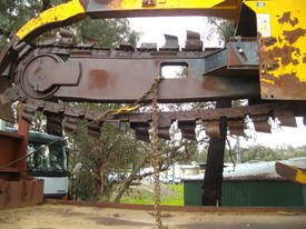 T455 side shift trencher  - picture4' - Click to enlarge