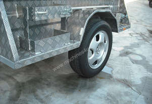 ON ROAD ALUMINUM CAMPER TRAILERS (INCLUDING TENT)