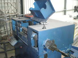 Welsh Wire Straightener  - picture0' - Click to enlarge