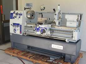 � 430mm Swing Centre Lathe, 58mm Spindle Bore, 1.1m BC - picture3' - Click to enlarge