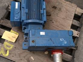 Geared Motor - picture0' - Click to enlarge