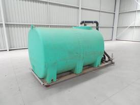 2016 Workmate 4000 Litre Poly Tanks