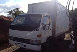 1996 TOYOTA DYNA 300 DISMANTLING