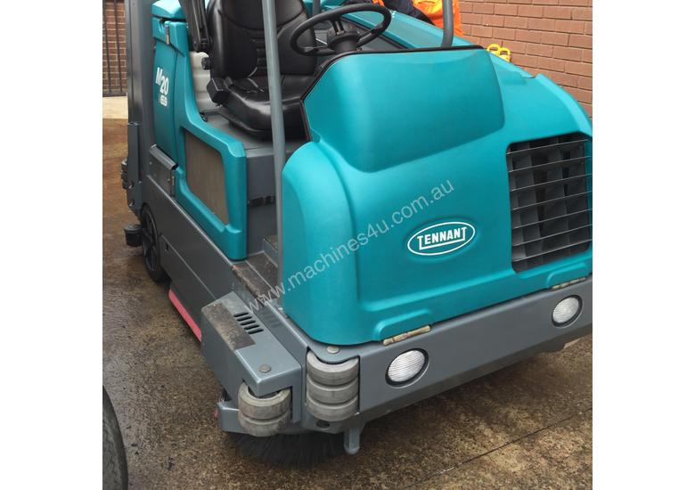 Tennant M20 Ride On Sweeper Scrubber 18 available