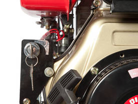 6HP Hailin Diesel Engine  - picture1' - Click to enlarge