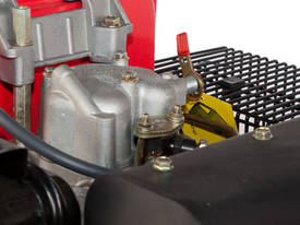 6HP Hailin Diesel Engine  - picture2' - Click to enlarge